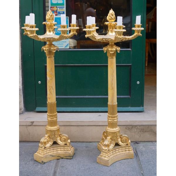 Paire De Candélabres Bronze Doré